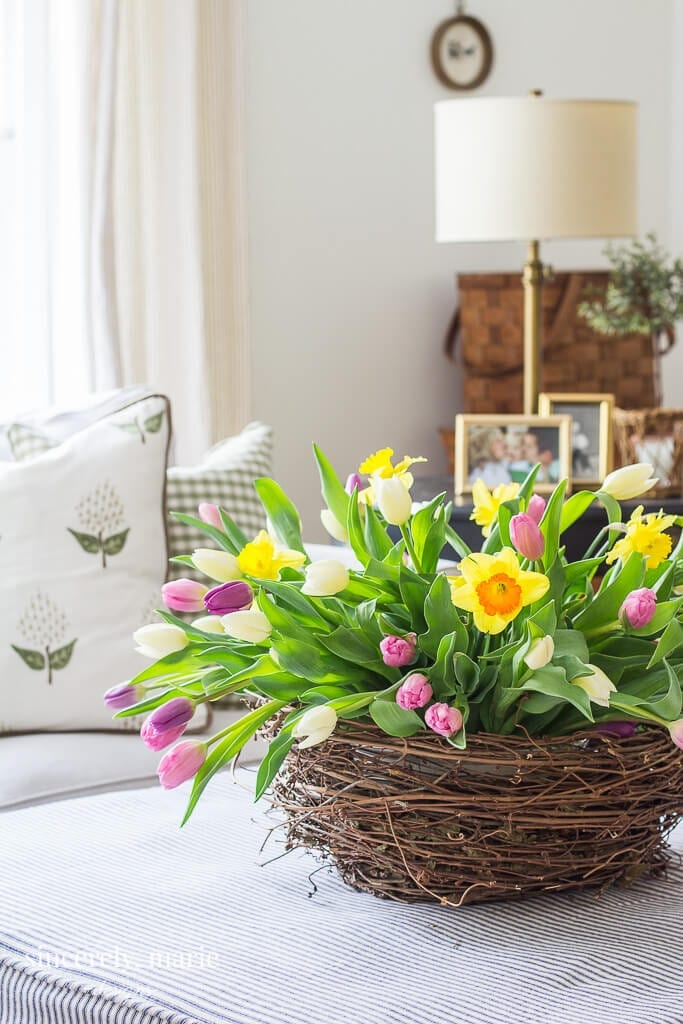 Welcome Home Saturday: 12 Spring Decorating Ideas
