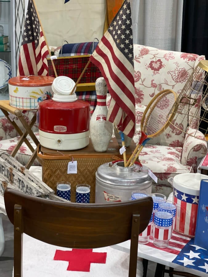 Welcome Home Saturday: Being a Vendour at Duluth Junk Hunt Vintage Market