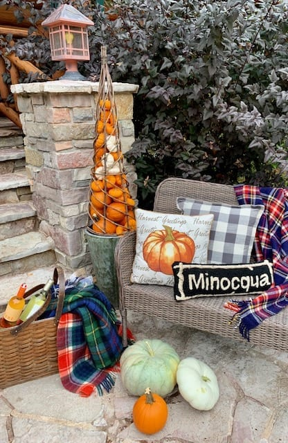 Welcome Home Sunday: Fall porch gives curb appeal
