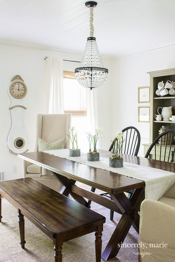 Welcome Home Sunday: Updated dining room with European touches.