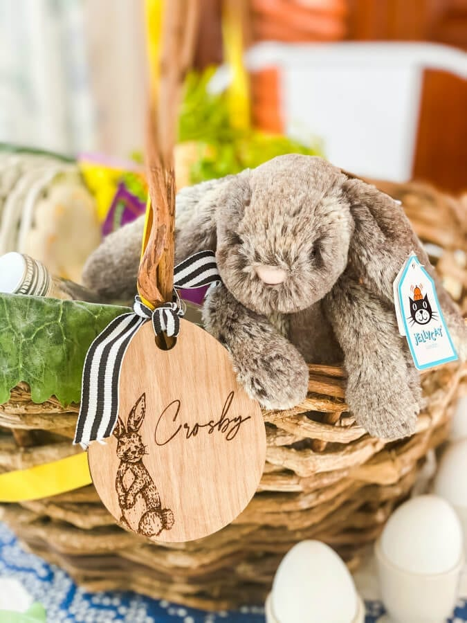 Having a kid friendly Easter table is always a fun idea! Check out these tips.