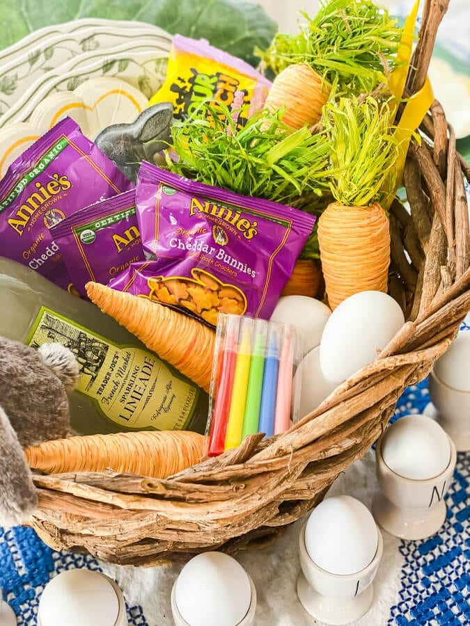 All of these goodies are perfect for a kid friendly Easter table!