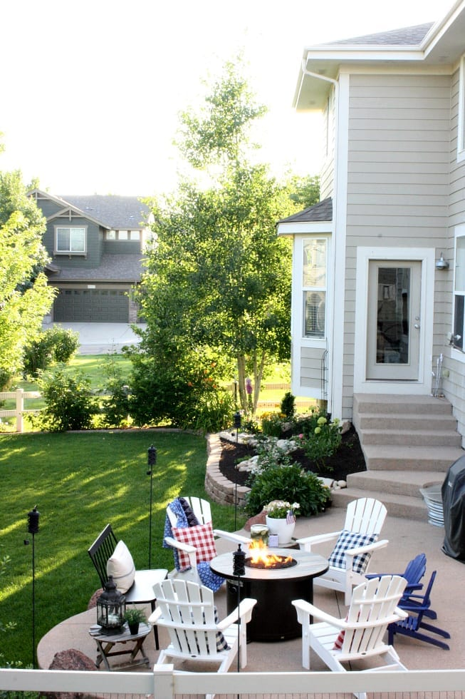 A summer patio that anyone can do in three easy steps!
