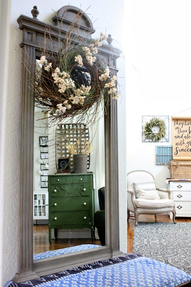 An easy way to transition your summer decor to fall is to change up wreaths.