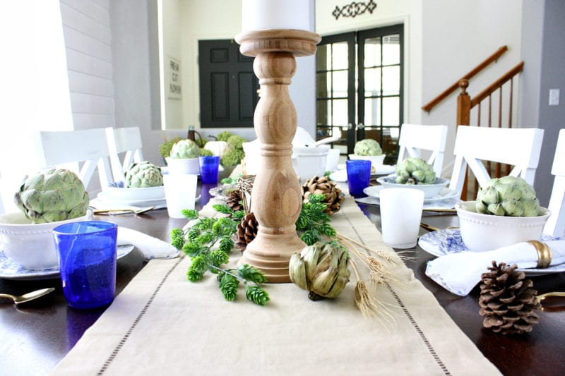A natural, neutral and classy tablescape with pops of blue.