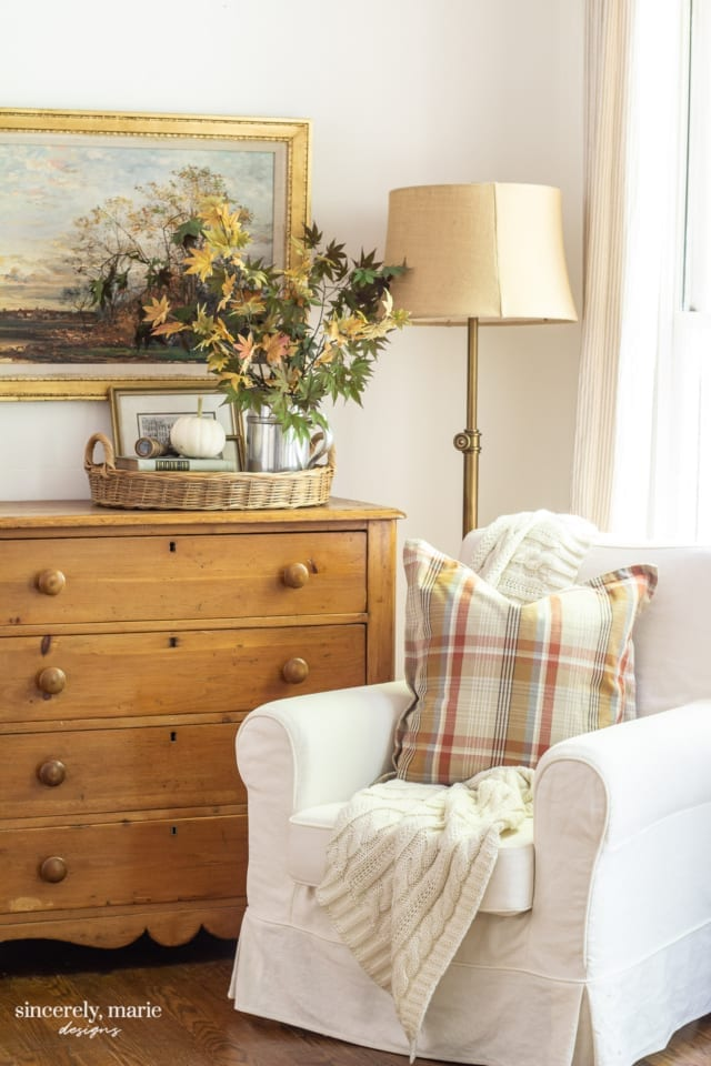 Welcome Home Sunday: Cozy and subtle Fall home tour.