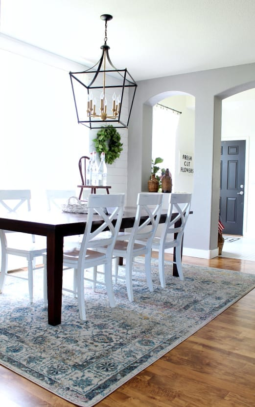 Easy summer styling home tour featuring our dining room.
