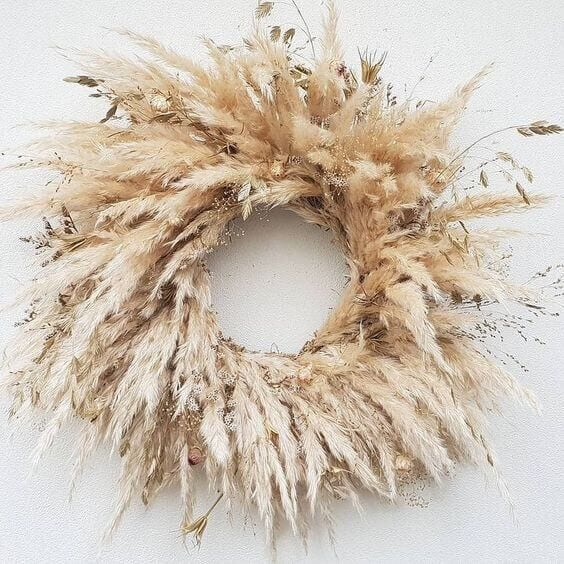 Welcome Home Sunday: Decorating with pampas grass