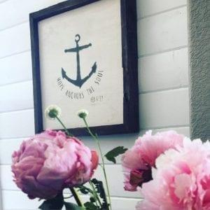 Peonies shiplap anchor art