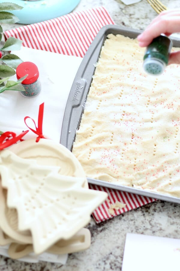 Green and red sugar are the perfect Christmas accent for shortbread cookies!
