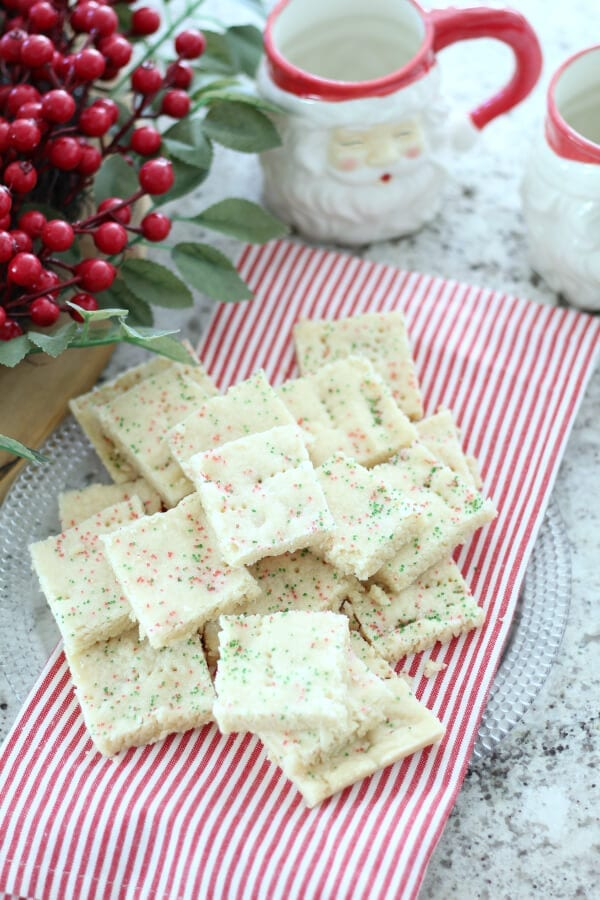 Quick and easy Christmas shortbread cookies recipe
