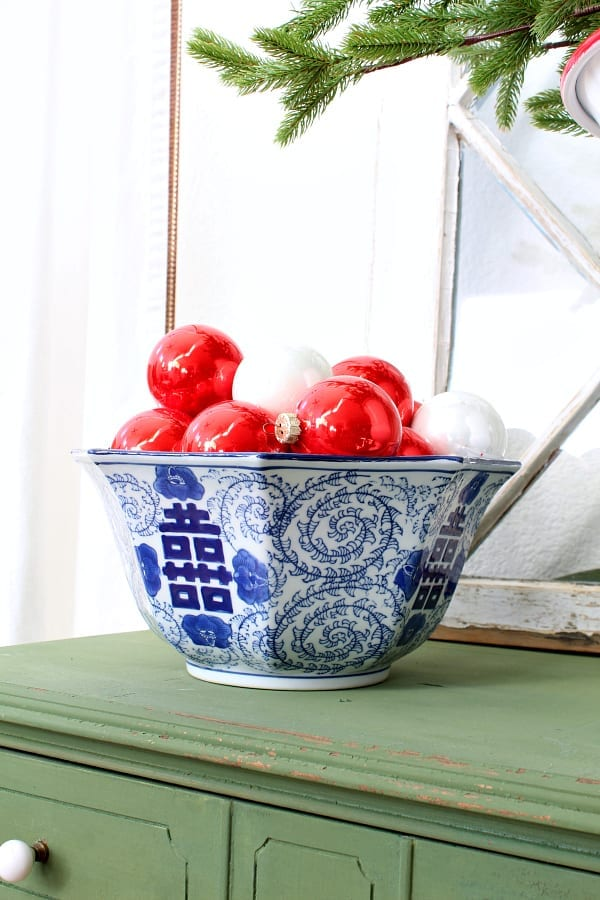 red, white and touches of blue for Christmas. HAve fun mixing up your color schemes!