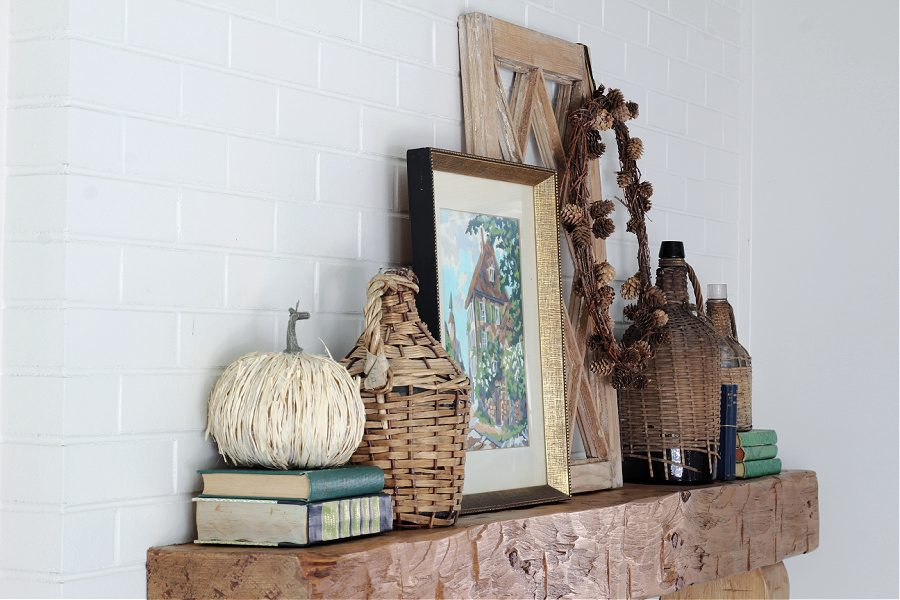 A simple, vintage inspired Fall mantel.