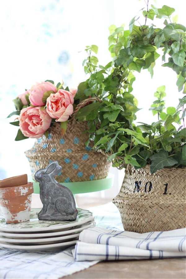 Welcome Home Saturday: How to easily stencil a sea grass basket