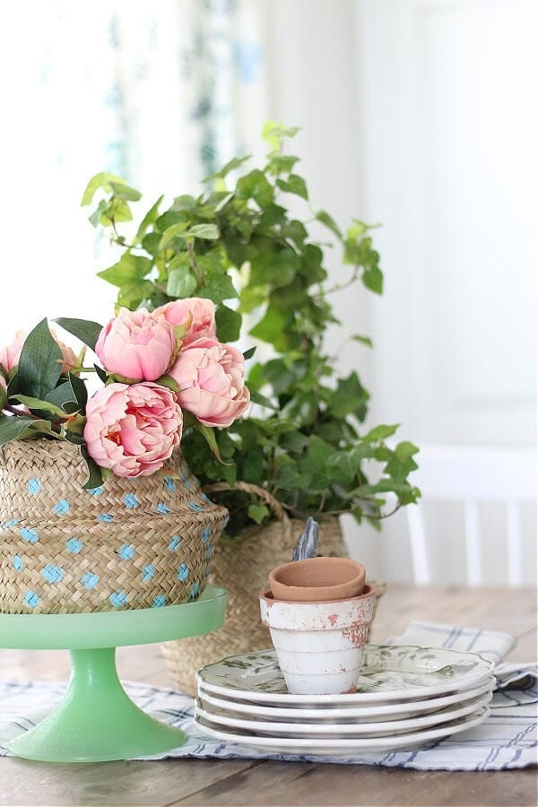 The Easy Way To Stencil A Sea Grass Basket for Spring!