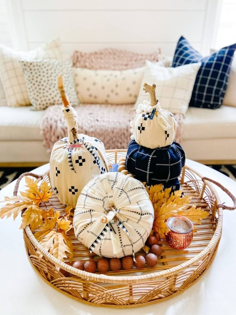 Welcome Home Saturday: Elevated toilet paper pumpkins