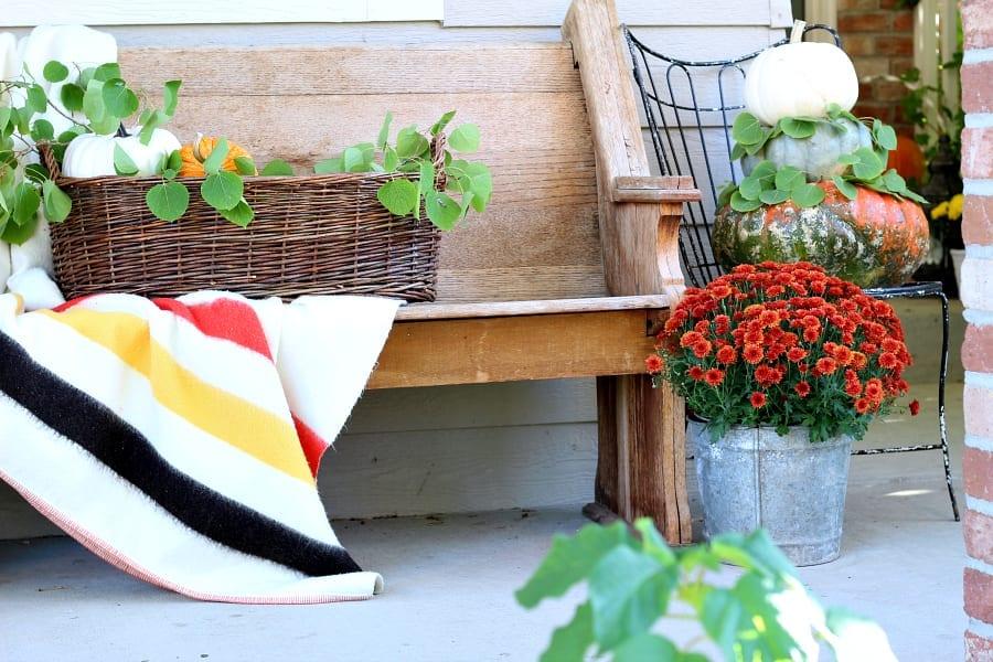 Vintage Fall porch decor.
