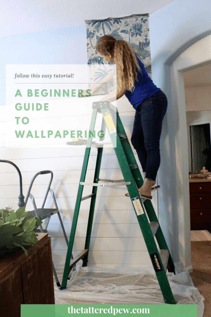 Thninking about wallpapering a space in your home? Check out this beginners guide to wallpapering!