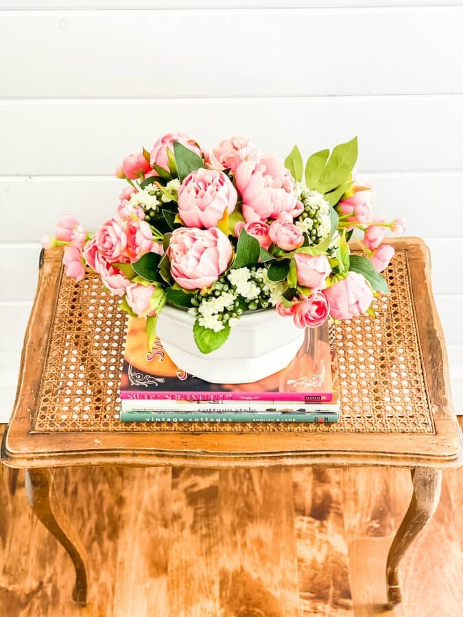 How to style a beautiful faux flower arrangement.