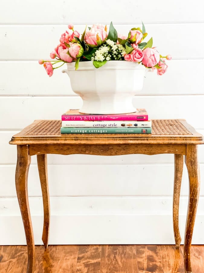 Learn how to style a faux flower arrangement!