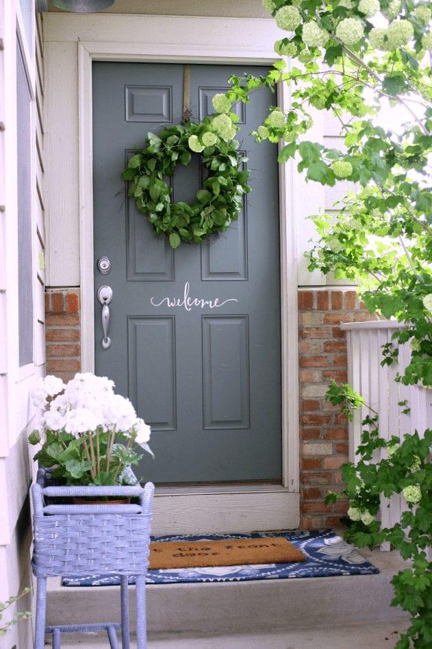 Simple Spring Porch Refresh
